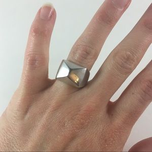 Jewelry - Silver colored pyramid ring